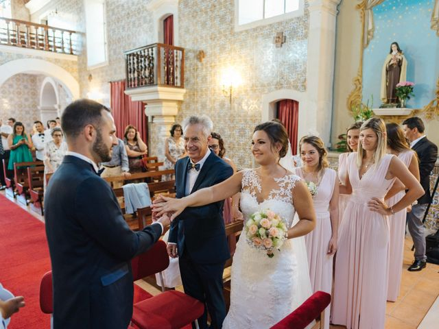 O casamento de Ricardo e Virginie em Troviscal, Oliveira do Bairro 36