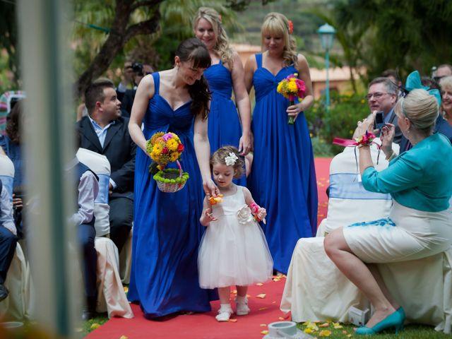 O casamento de José e Gail em Caniço, Madeira 39