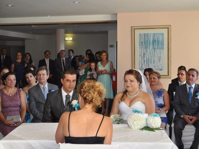 O casamento de Dinarte e Cláudia em Ilha, Madeira 4