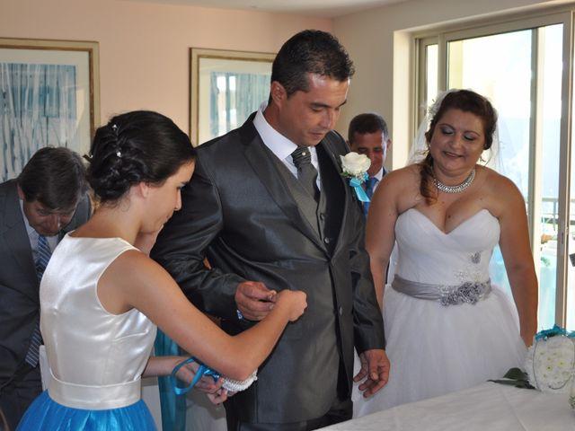 O casamento de Dinarte e Cláudia em Ilha, Madeira 5