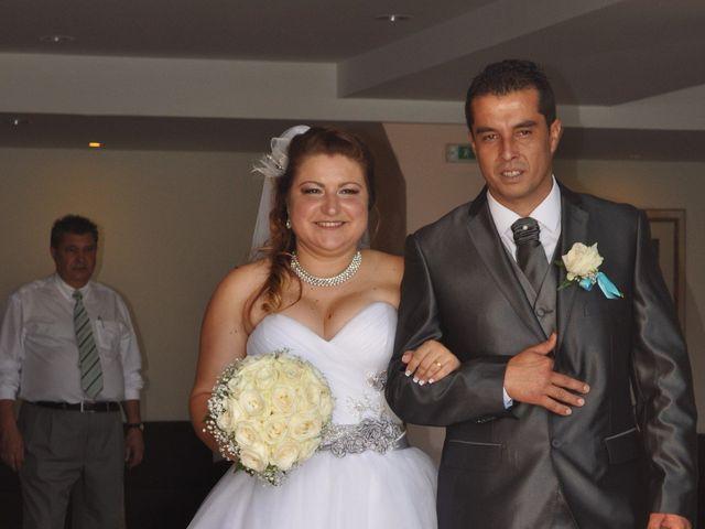 O casamento de Dinarte e Cláudia em Ilha, Madeira 6