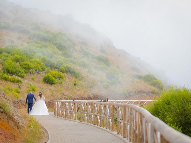 O casamento de Énio e Sandra em Santa Cruz, Madeira 57