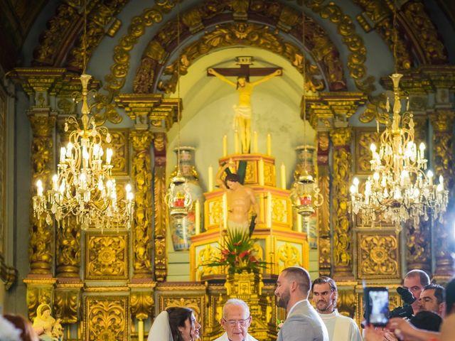 O casamento de Daniel e Débora em Câmara de Lobos, Madeira 32