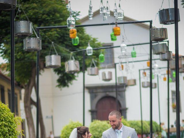 O casamento de Daniel e Débora em Câmara de Lobos, Madeira 48