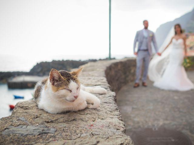 O casamento de Daniel e Débora em Câmara de Lobos, Madeira 63