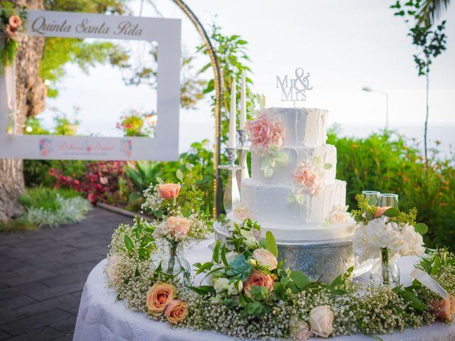 O casamento de Daniel e Débora em Câmara de Lobos, Madeira 70