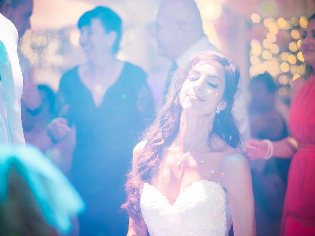 O casamento de Daniel e Débora em Câmara de Lobos, Madeira 79
