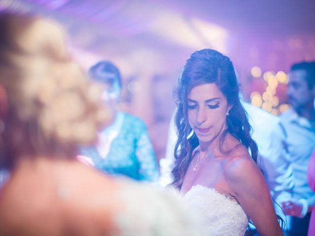O casamento de Daniel e Débora em Câmara de Lobos, Madeira 80