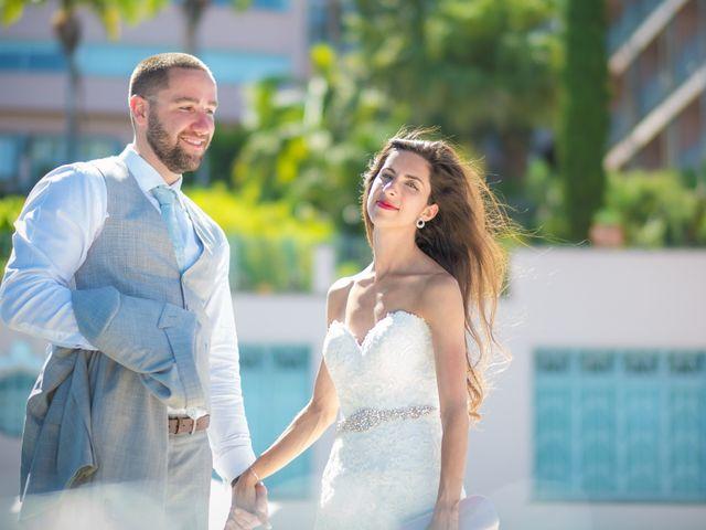 O casamento de Daniel e Débora em Câmara de Lobos, Madeira 92