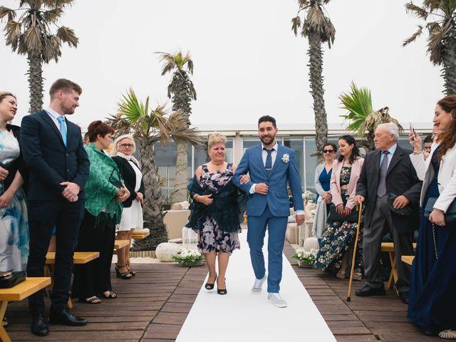 O casamento de Tiago e Viviana em Azurara, Vila do Conde 57