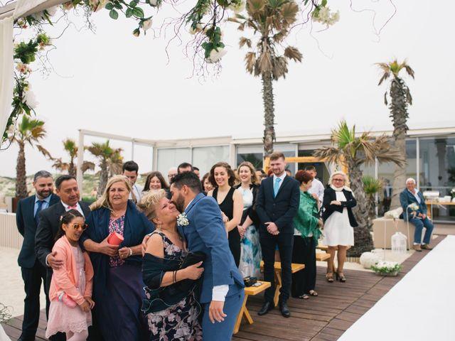 O casamento de Tiago e Viviana em Azurara, Vila do Conde 58