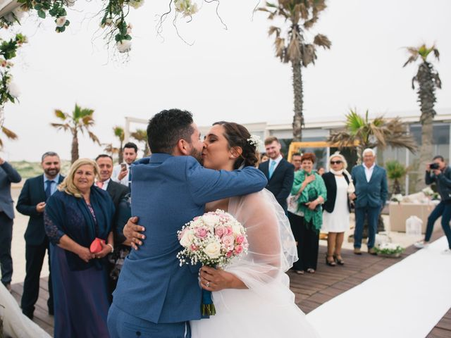 O casamento de Tiago e Viviana em Azurara, Vila do Conde 61