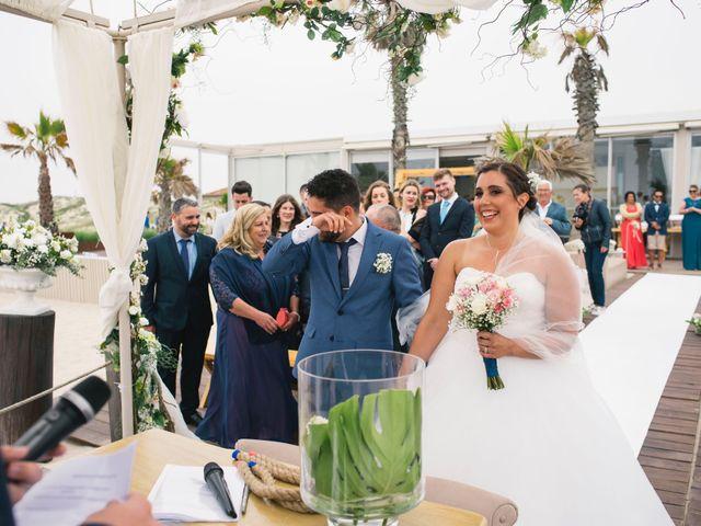 O casamento de Tiago e Viviana em Azurara, Vila do Conde 63