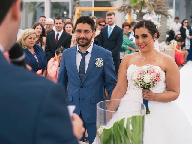 O casamento de Tiago e Viviana em Azurara, Vila do Conde 65