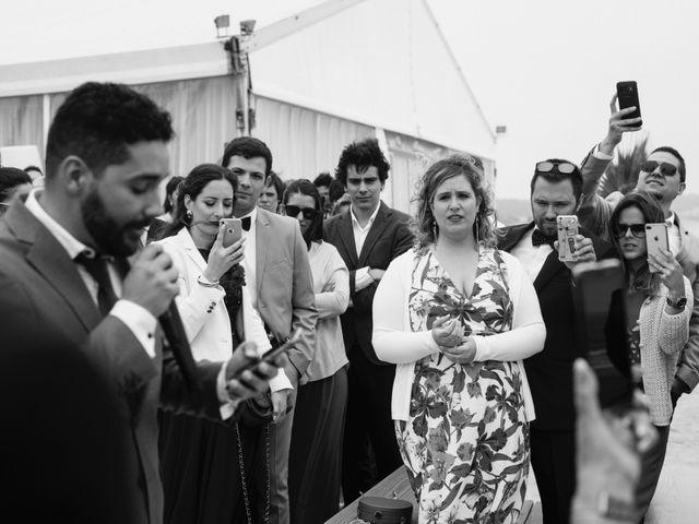 O casamento de Tiago e Viviana em Azurara, Vila do Conde 70