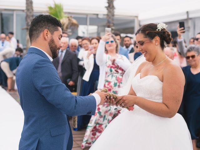 O casamento de Tiago e Viviana em Azurara, Vila do Conde 73