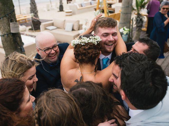 O casamento de Tiago e Viviana em Azurara, Vila do Conde 87