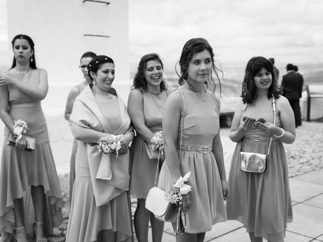 O casamento de Licínio e Marisa em Custóias, Vila Nova de Foz Côa 40