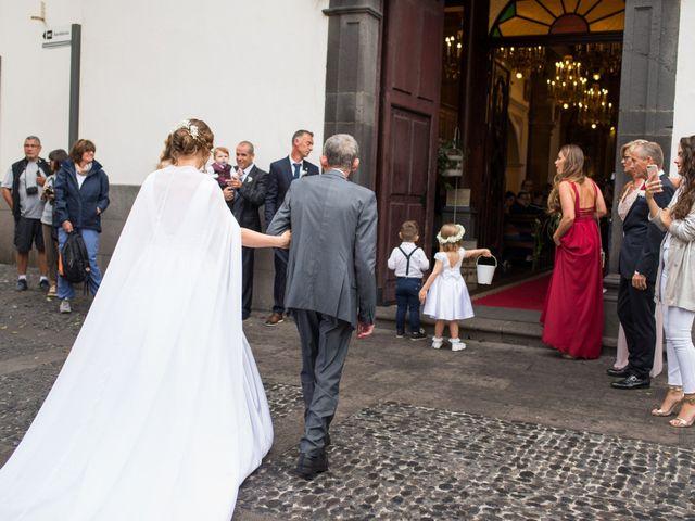 O casamento de Pedro e Maria em Câmara de Lobos, Madeira 26