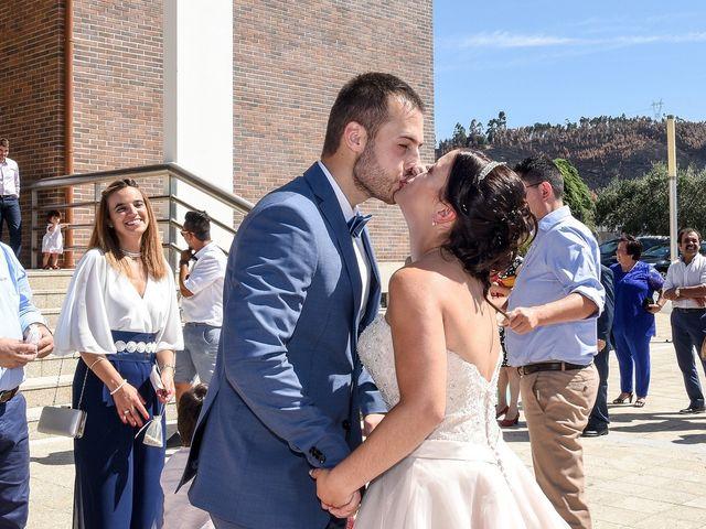 O casamento de André e Letícia em Sobreira, Paredes 10