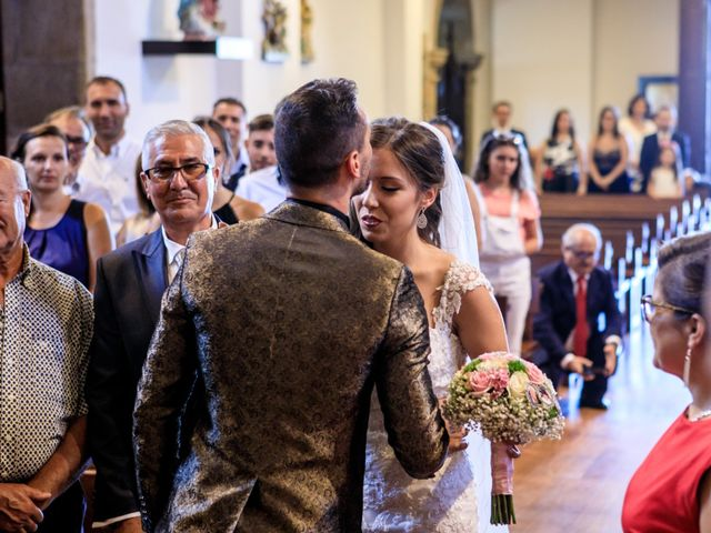 O casamento de Ricardo e Gabriela  em Lourosa, Santa Maria da Feira 21