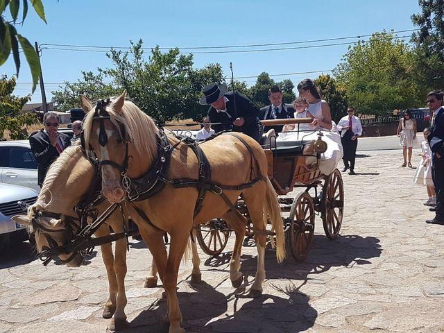O casamento de Miguel e Ana em Ruivós, Sabugal 1