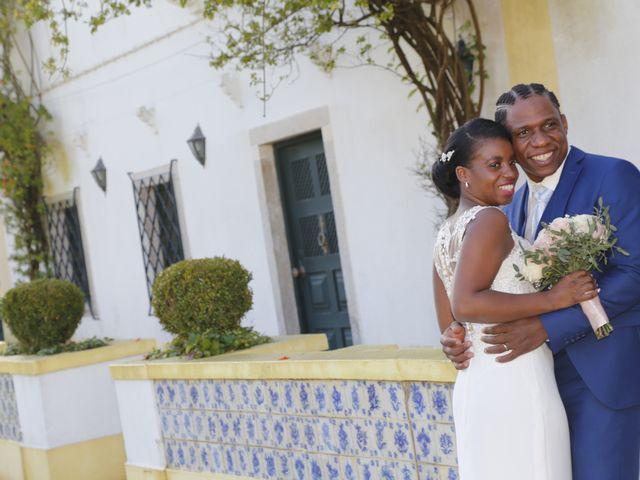 O casamento de Edney e Debora em Mem Martins, Sintra 16