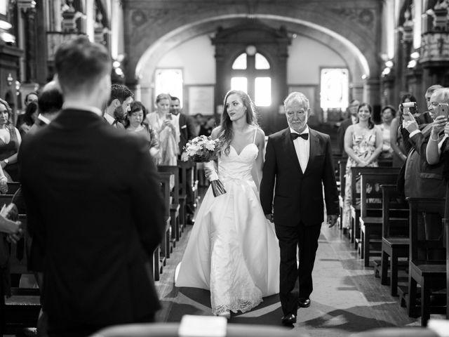 O casamento de Miguel e Isabel em Nespereira, Cinfães 11