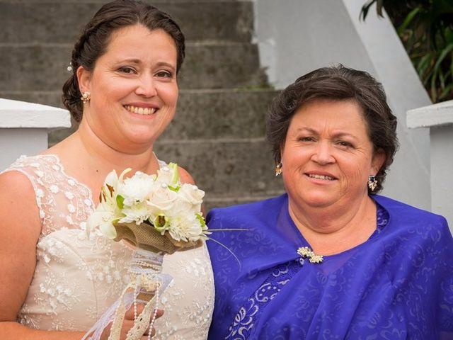 O casamento de Hugo e Susana em Lajes do Pico, Pico 10