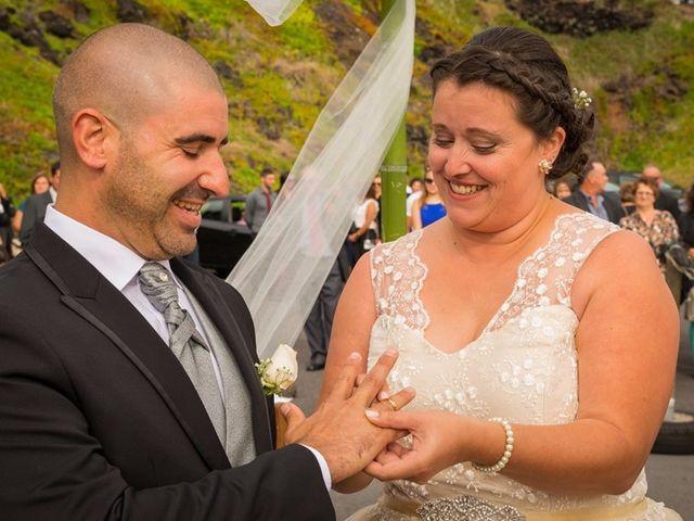 O casamento de Hugo e Susana em Lajes do Pico, Pico 25