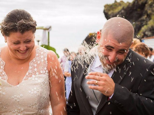 O casamento de Hugo e Susana em Lajes do Pico, Pico 30
