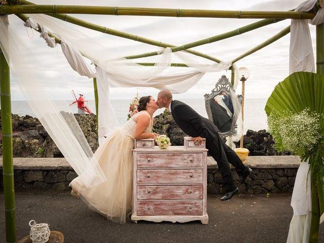 O casamento de Hugo e Susana em Lajes do Pico, Pico 34