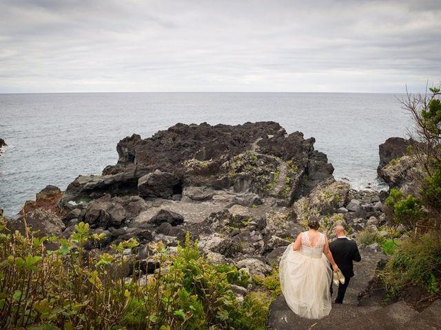 O casamento de Hugo e Susana em Lajes do Pico, Pico 37