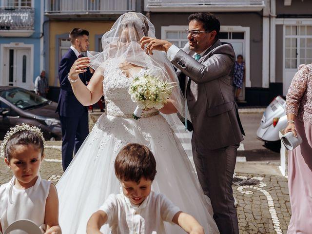 O casamento de Osvaldo e Diliana em Ribeirinha, Terceira 1