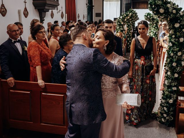 O casamento de Osvaldo e Diliana em Ribeirinha, Terceira 7