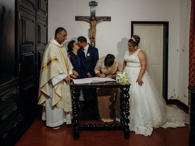 O casamento de Osvaldo e Diliana em Ribeirinha, Terceira 16