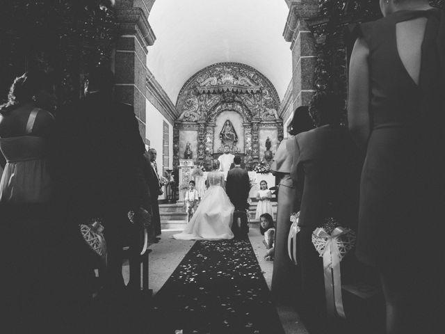 O casamento de Fábio e Tânia em Pinheiro de Ázere, Santa Comba Dão 27