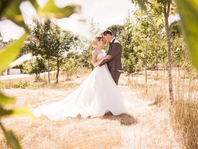 O casamento de Fábio e Tânia em Pinheiro de Ázere, Santa Comba Dão 1