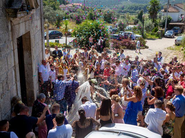 O casamento de João e Iria em Mosteiro de Fráguas, Tondela 32