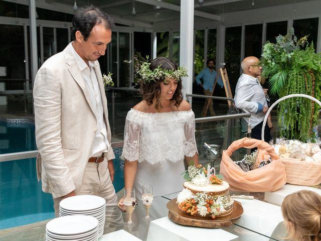 O casamento de Tiago e Laura em Venda do Pinheiro, Mafra 92