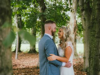 O casamento de Aisling e Emi