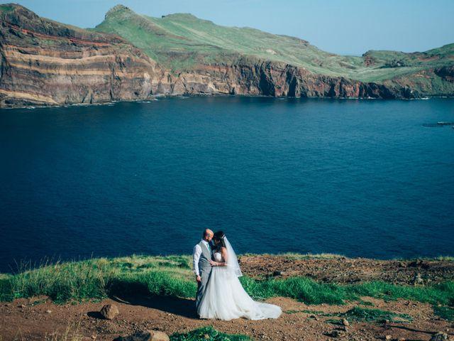 O casamento de Sónia e Chris em Funchal, Madeira 42