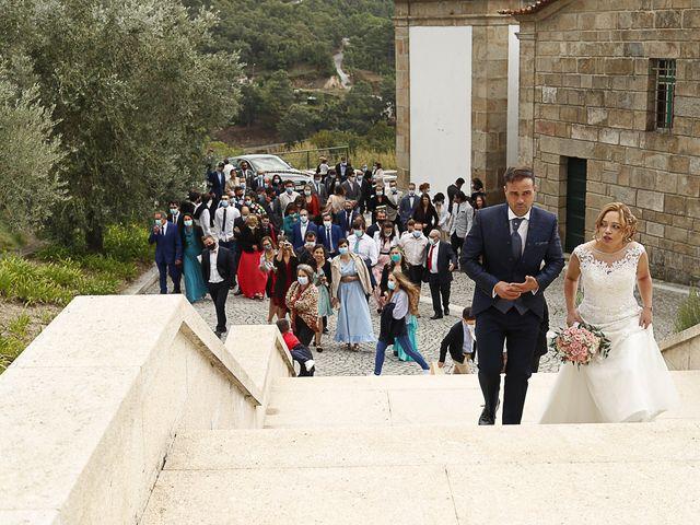 O casamento de Simão e Tânia em Santa Cruz do Douro, Baião 58