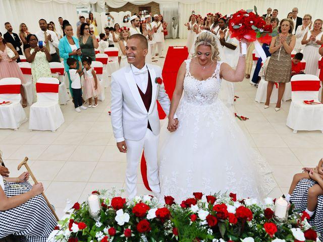 O casamento de Mauro e Nélida em Venda do Pinheiro, Mafra 17