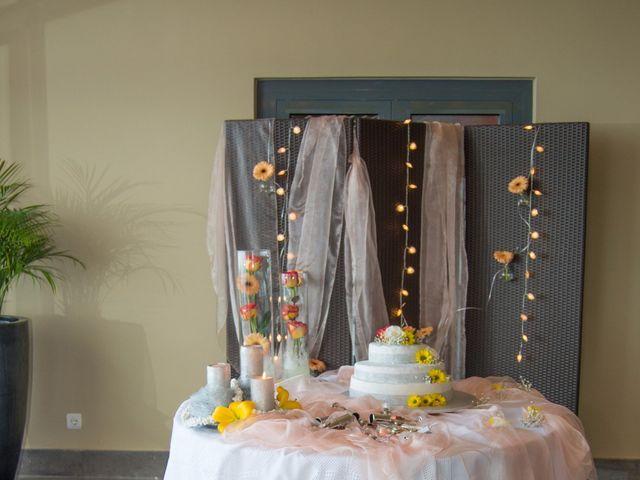 O casamento de David e Vanessa em Machico, Madeira 14