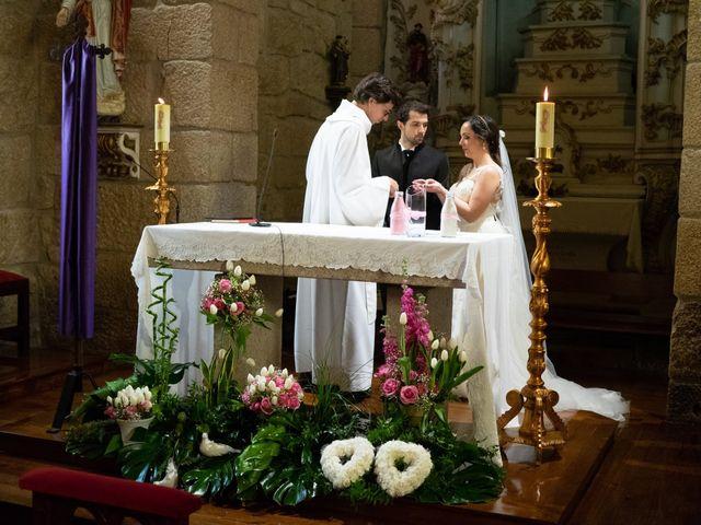 O casamento de Filipe e Helena em Carvalhosa, Paços de Ferreira 19