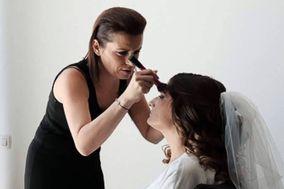 Ana Barros -  Makeup Artist