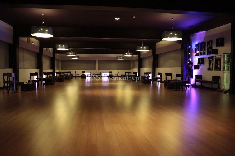 Salão multiusos global dança