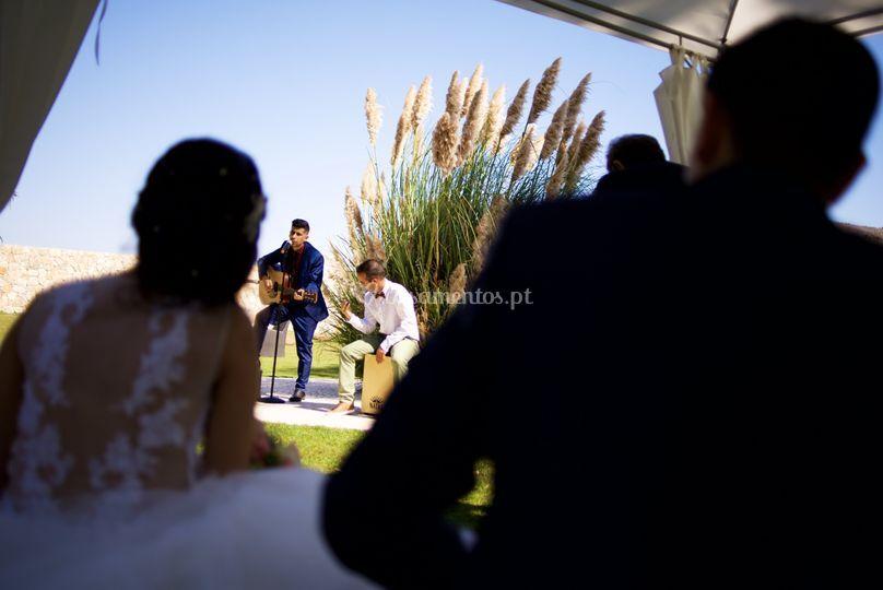 Música ao vivo para os noivos