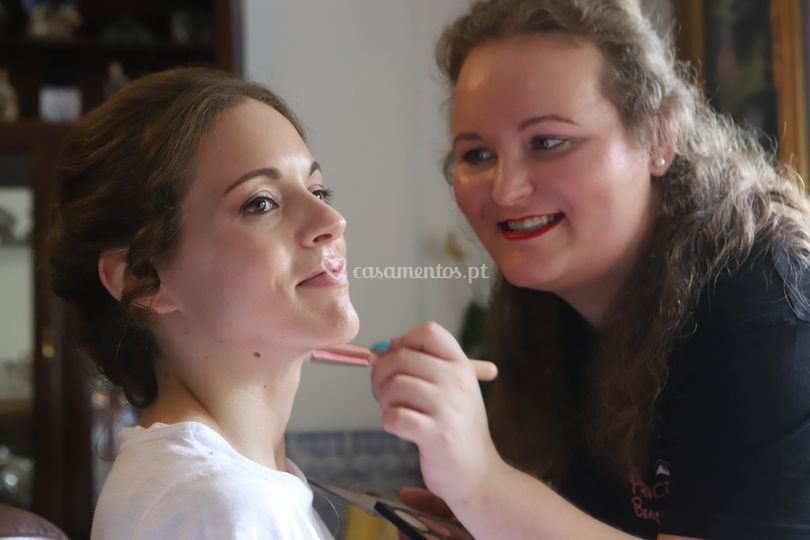 Alexandra Dantas Make up Artist